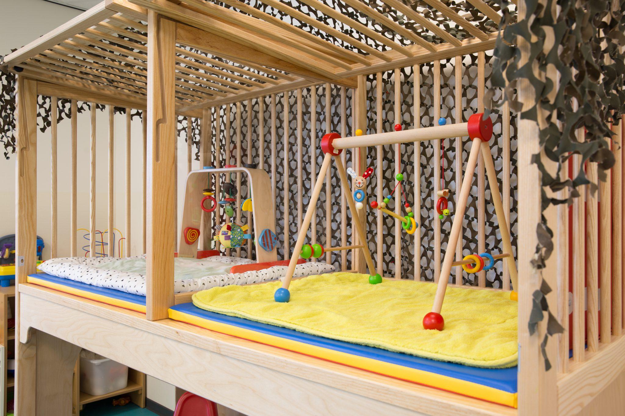 hoge box zijkant bij KDV Villa Eigen-Wijs
